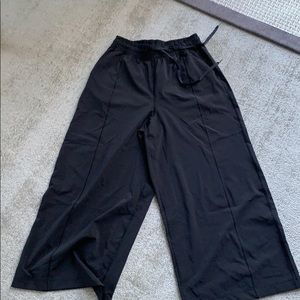 Lululemon in the fly pants